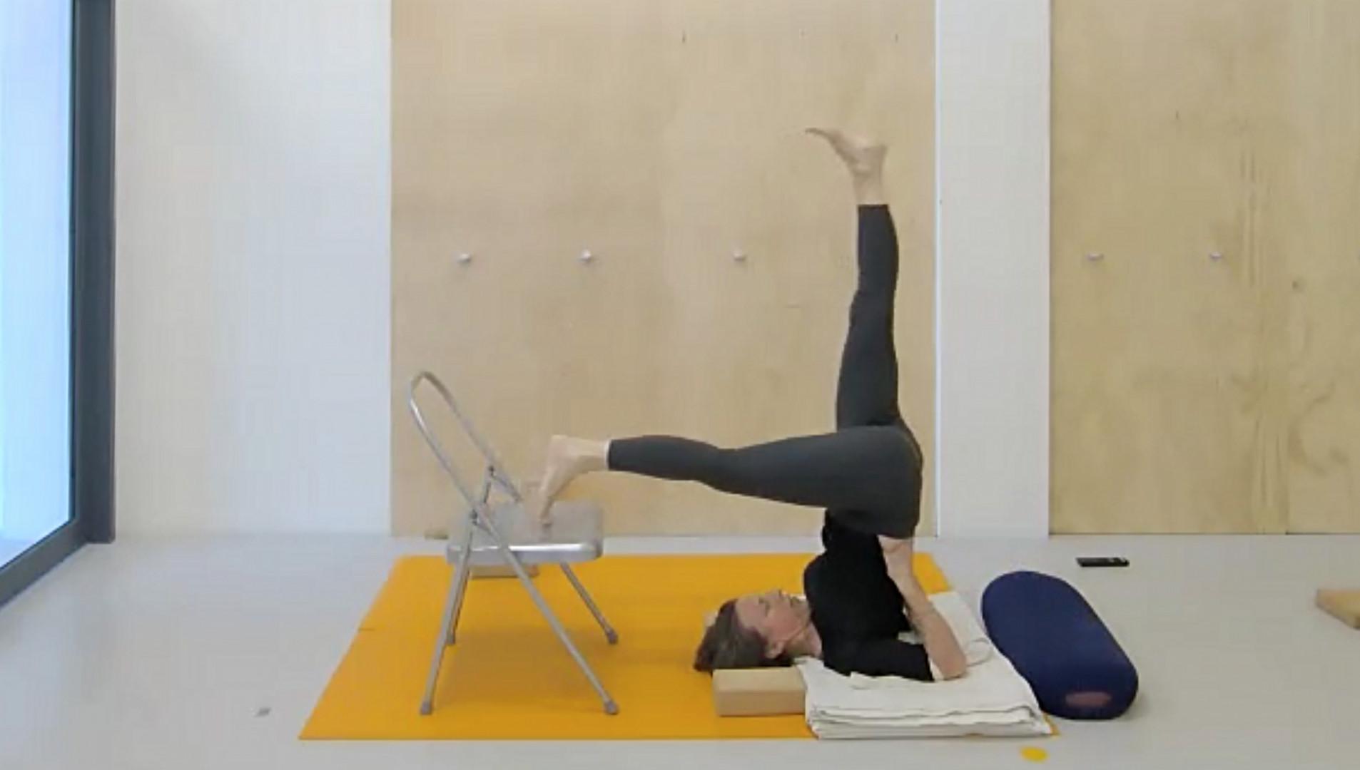 Iyengar Yoga Sarvangasana